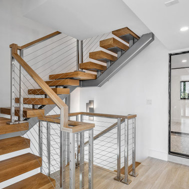 6871a4cd003549c3_5126-w378-h378-b0-p0--contemporary-staircase
