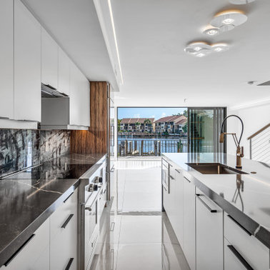 ef91bed0003549a9_5115-w378-h378-b0-p0--contemporary-kitchen